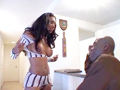 Perfect ebony housewife gets gigantic black dick in wet pussy