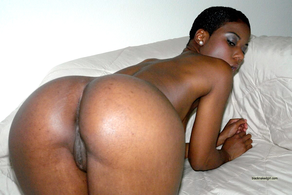 girls Naked the black back at