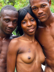 Possible fill nude black couple not