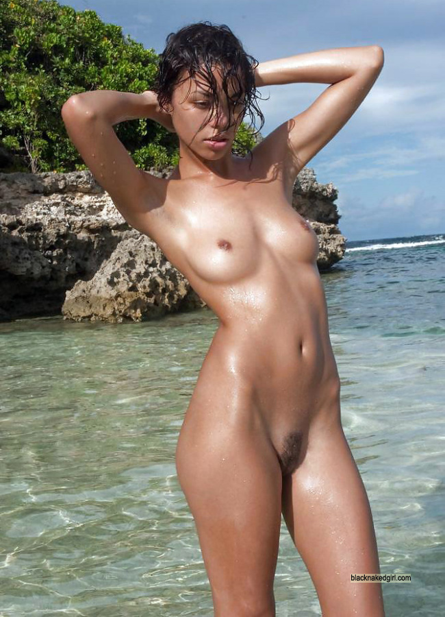 beach girls in black the naked